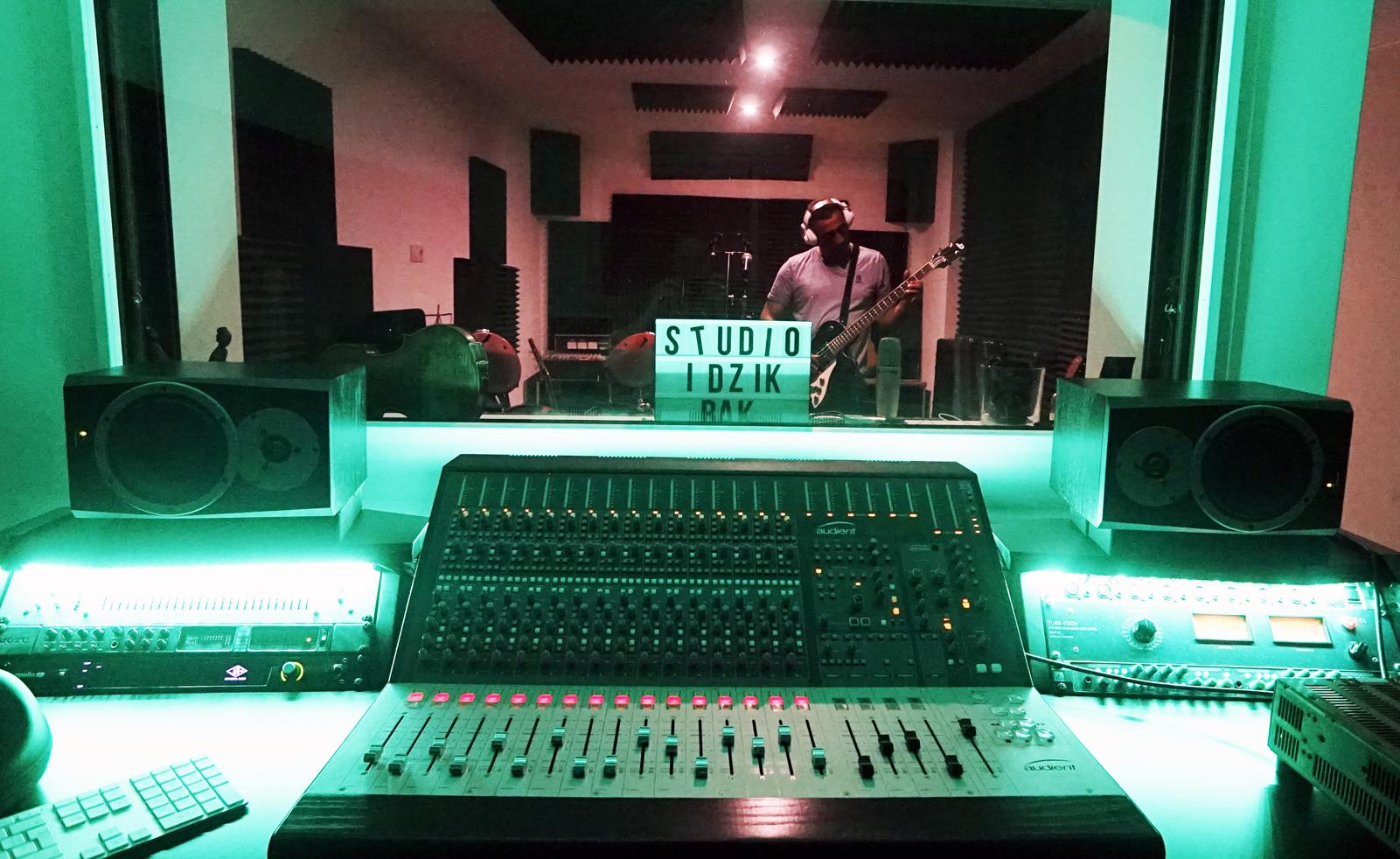 Studio musique et station numérique